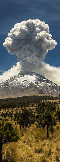 Popocatepetl volcano . Mexico