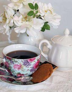 floral teacup.