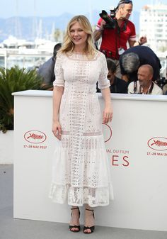"""Kirsten Dunst Photos Photos - Actress Kirsten Dunst attends """"The Beguiled"""" photocall during the 70th annual Cannes Film Festival at Palais des Festivals on May 24, 2017 in Cannes, France. - 'The Beguiled' Photocall - The 70th Annual Cannes Film Festival"""