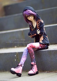Those boots! My BJD needs some (and a purple pair too) Ooak Dolls, Blythe Dolls, Barbie Dolls, Ball Jointed Dolls, Pretty Dolls, Beautiful Dolls, Kawaii Doll, Realistic Dolls, Smart Doll