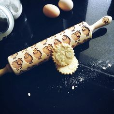 For sheep lovers <3 Engraved rolling pins give the unique character to your baked goods (eg. cookies, chocolate sugar coating or even salt mass. •You will surprise your loved ones thanks to interesting proposals that you can find in our offer and the possibilities to create your own