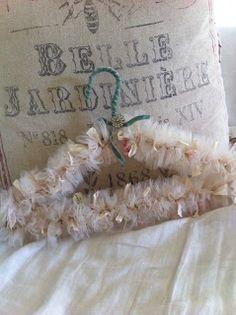Linen-chic: Hanger Fit For A Bride!