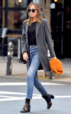 Perfect coat for the fall! Dakota Johnson is smashing in her blue coat, on my bog you will find 11 stylish coats on trend, welcome!