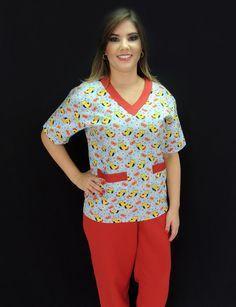 Pijama Cirúrgico Feminino Estampado Pet - Ateliê do Jaleco | Jalecos Diferenciados