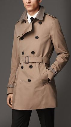 Burberry Mid-Length Gabardine Trench Coat With London Leather Detail