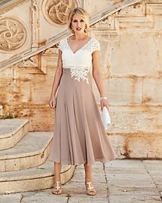 Nightingales Dress With Lace Detail