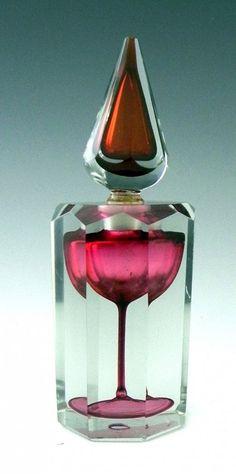 Unusual Perfume Bottles | 984: Unusual Cut Crystal Octagonal Perfume Bottle, c. 1
