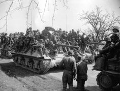 American tank destroyers M36 Jackson carring soldiers