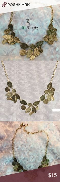 {last1}GOLD NECKLACE This is a pretty beautiful gold necklace to pair with your daytime or nighttime wear. Not too long or short but will go with many necklines and styles. -No trades Jewelry Necklaces