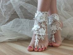 ivory peaarl Beach wedding barefoot sandals