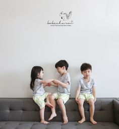 Kokacharm's Summer socks and sleepwear are amazing as always. Be sure to check them out: www. Cute Asian Babies, Korean Babies, Cute Babies, Cute Family, Family Goals, Cute Little Baby, Little Babies, Boy And Girl Best Friends, Father And Baby