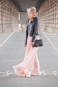 Jupe longue plissée rose