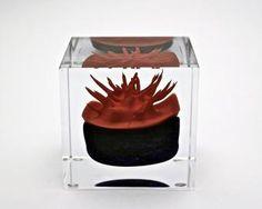 Vuosikuutio 1991 - Toikka, Oiva Glass Cube, Glass Art, Lilac, Pink, Finland, Carpets, Scandinavian, Birds, Ceramics