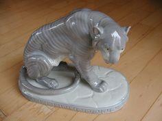 antiker Löwe Tiger Figur Porzellan