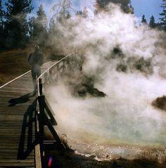 'Yellowstone National Park, Wyoming' by _Zinni_ on flickr