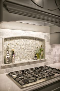 Fresh Kitchen Backsplash Ideas in 2018 Kitchen backsplash ideas farmhouse white . Fresh Kitchen Backsplash Ideas in 2018 Kitchen backsplash ideas farmhouse white cabinets diy, cheap, subway tile, back splashes remodel ideas Armoires Diy, Diy Cabinets, Kitchen Cabinets, Cheap Cabinets, Farmhouse Cabinets, Kitchen Walls, Kitchen Counters, Kitchen Sinks, Kitchen Themes