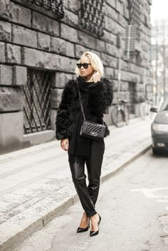 Bag – Have2Have, Fur – Chicy, Scarf – Tiger, Shoes – Jennie-Ellen,  Sunglasses – RayBan