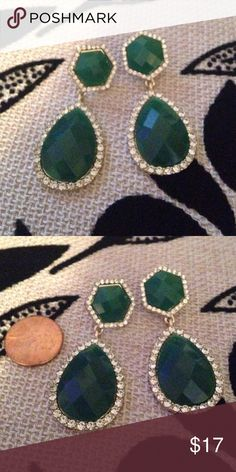 Green and Gold Embellished Drop Earrings NEW These gorgeous earrings feature an emerald green stone surrounded by rhinestones in a gold setting.  Posed next to a penny for idea of size.  Brand new. Francesca's Collections Jewelry Earrings