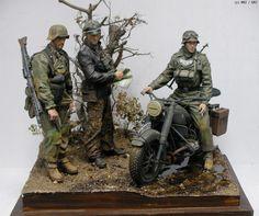 MMZ - 1/10 MG42 GUNNER & Joachim Peiper