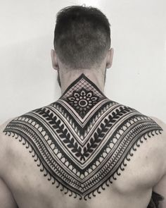 Check which tattoo suits you best. Best Sleeve Tattoos, Back Tattoos, Body Art Tattoos, I Tattoo, Tatto For Men, Tattoos For Guys, New Tattoo Designs, Henna Designs, Mandala Tattoo Back