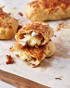 Recipe: Costco Chicken Bakes. Looking for quick and easy ideas and recipes for weeknight dinners and meals? Chunky chicken pieces tossed with bits of bacon and creamy Caesar dressing wrapped stromboli-style in pizza dough may be the way to go. You'll need Italian blend cheese, thick-cut bacon, and several other ingredients to make it possible!