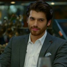 how old is can yaman Turkish Men, Turkish Beauty, Turkish Actors, Gorgeous Men, Beautiful People, Famous In Love, Men Photography, Awesome Beards, Cute Actors