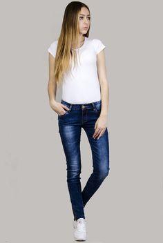 Klasyczne spodnie jeansowe rurki z zameczkami