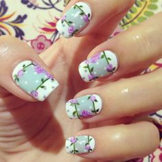Flower nail designs are perfect for Teen Girls. There are many choices of flower nail designs for you. Rose Nail Art, Floral Nail Art, Rose Nails, Flower Nails, Winter Nail Art, Winter Nails, Spring Nails, Summer Nails, Flower Nail Designs