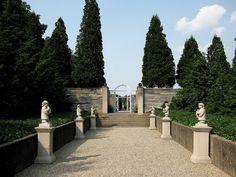 Robert Allerton Park Sculpture Garden Sculpture Garden, Park Art, Milwaukee, Trips, Sidewalk, Gardens, The Incredibles, Spaces, Viajes