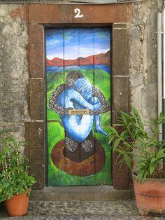 Projecto artE pORtas abErtas, Open Doors project, painted doors, Funchal, Madeira, Portugal by Jose Romeu, via Flickr
