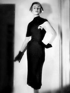 Asymmetry 1950s Dior dress photo by bill brandt