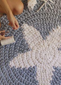 Discount Carpet Runners For Hall Love Crochet, Knit Crochet, Crochet Hats, Diy Carpet, Beige Carpet, Plastic Carpet Runner, Painting Carpet, Easter Pictures, Crochet Edgings