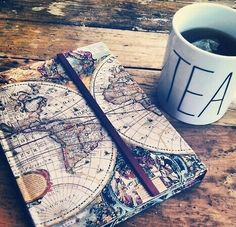Imagem de tea, book, and travel