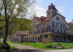 Cold Spring   Flickr - Photo Sharing! the abandoned hotel in Tannersville NY
