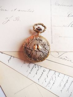 Vintage Locket Watch at antiquissimo