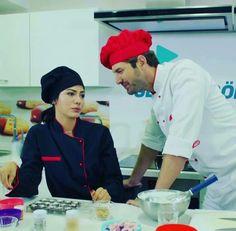 No 309 şef Lale Onur Turkish Actors, Chef Jackets, Films, Drama, Couples, Winter, Celebrities, 2016 Movies, Movies