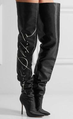 be62315218 Vetements x Manolo Blahnik Printed Satin Thigh Boots Sapatos