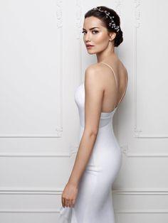Fahriye Evcen - [board_name] - Hochzeitskleid Turkish Women Beautiful, Turkish Beauty, Make Up Braut, Prettiest Actresses, Braut Make-up, Wedding Hair And Makeup, Fashion Story, Turkish Actors, Ideias Fashion
