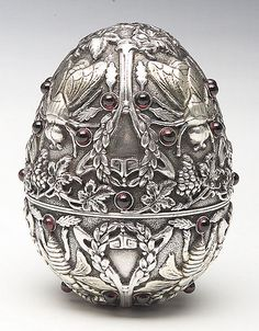 Imperial Russian Art Nouveau Silver Egg, Moscow, 1890-95 | JV