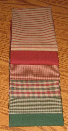 Dunroven House 6 Christmas Holiday Homespun Red U0026 Green Fabric Fat Quarter  Bundle