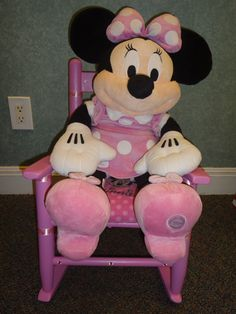 """Sharon Hensley, RMHSA Staff  member created this """"Miss Minnie"""", chair for our 2015 Chair-ity event."""
