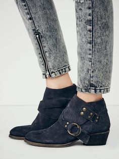Free People Tortuga Distressed Ankle Sz 37 In Black ~ New In Box ~ Boots. Get the must-have boots of this season! These Free People Tortuga Distressed Ankle Sz 37 In Black ~ New In Box ~ Boots are a top 10 member favorite on Tradesy. Save on yours before they're sold out!