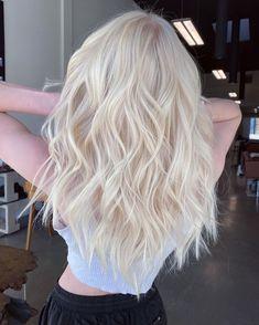 Blonde Hair Colour Shades, Platinum Blonde Hair Color, Blonde Hair Looks, Blonde Hair With Highlights, Balayage Hair Blonde, Icy Blonde, Pastel Pink Hair, Hair Dye Colors, Aesthetic Hair