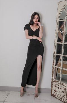 Korea Fashion, Asian Fashion, Asian Woman, Asian Girl, Bikini Dress, Cute Woman, Fashion Outfits, Womens Fashion, Modern Fashion