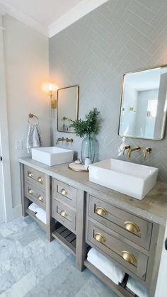 Diy Bathroom Remodel, Bathroom Renovations, Small Bathroom Remodeling, Bathroom Renos, Bathroom Inspiration, Bathroom Ideas, Bathroom Organization, Organization Ideas, Bathroom Updates