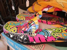 Fun Italian shoes at Retro Genie