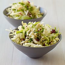 This mayo-free Apple Slaw #recipe is a fresh, crisp take on the soggy standby. Jicama, walnuts and apple give it great crunch! Have it as a snack or a side. #WWLoves