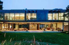 A.B+House+/+Andrade+Morettin+Arquitetos+Associados