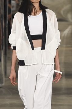 Black & white outfit, sporty fashion details // Milly Spring 2015