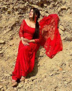 Punjabi Girls, Punjabi Dress, Girls Fashion Clothes, Girl Fashion, Fashion Outfits, Patiala Suit Designs, Punjabi Models, Korean Beauty Girls, Indian Girls Images